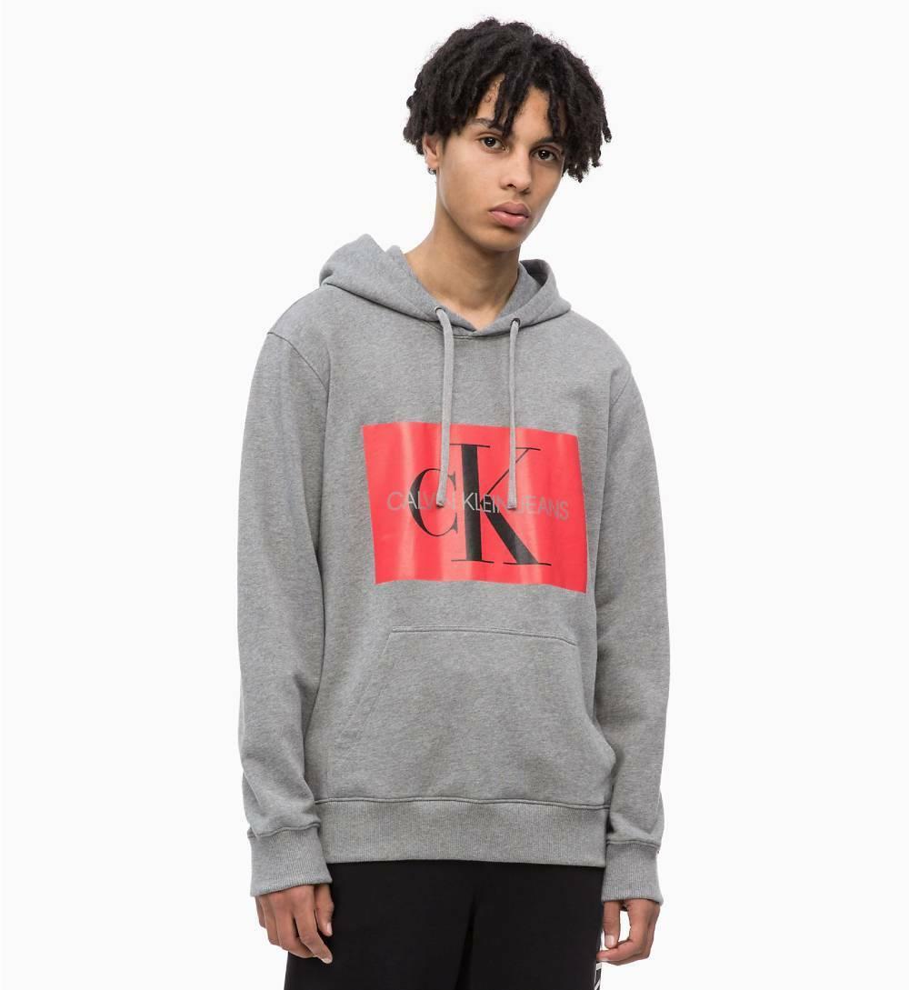 5f4b9ce563 Calvin Klein pánská šedá mikina s kapucí Hoodie - Mode.cz