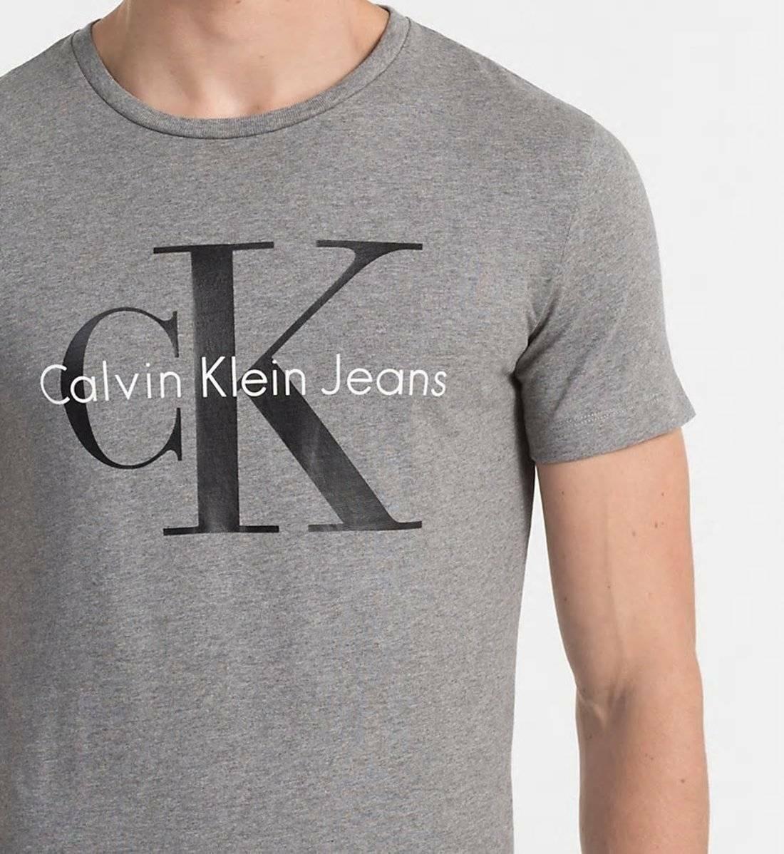 9f96e69776 Calvin Klein pánské šedé tričko - Mode.cz