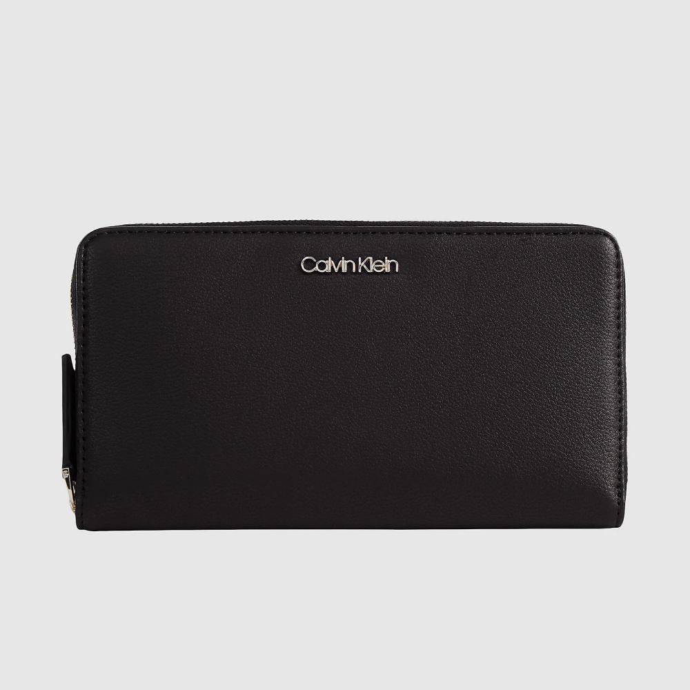 Calvin Klein dámská černá peněženka