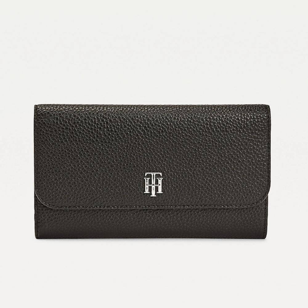 Tommy Hilfiger dámská černá peněženka Essence