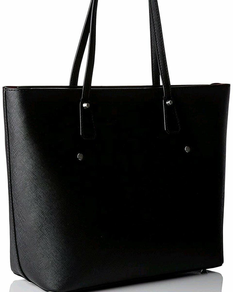 Guess dámská černá kabelka - Mode.cz 6987defc88c