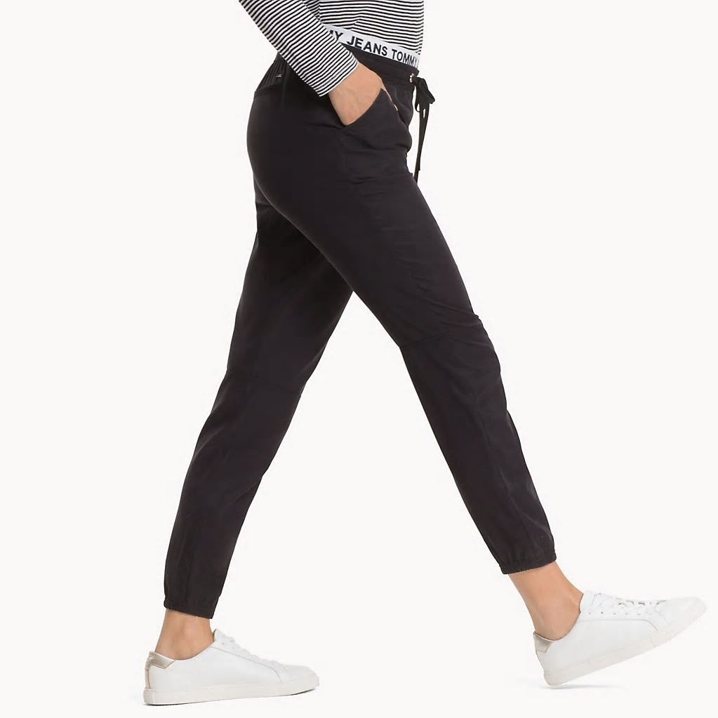0b1b5ae137 Tommy Hilfiger dámské černé kalhoty Logo - S (78)