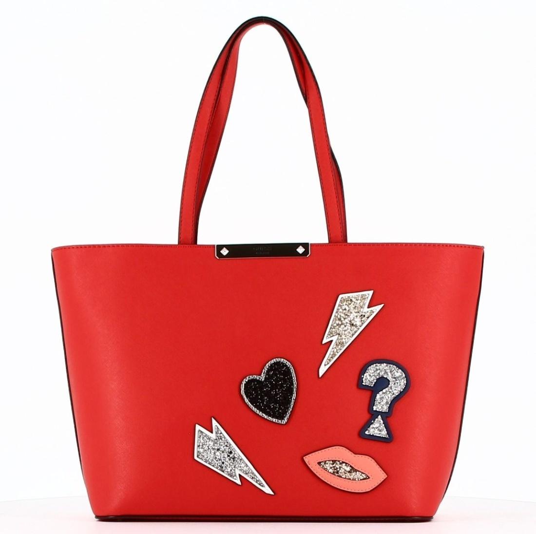 5b420eb2b8 Guess dámská červená kabelka Britta - Mode.cz