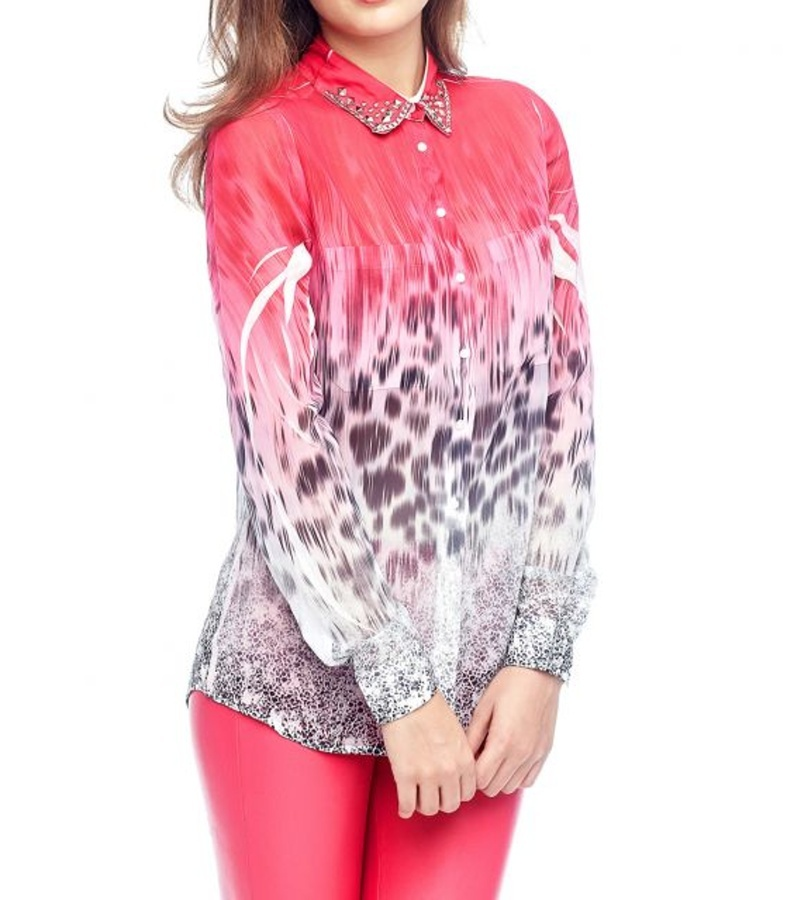 Guess dámská růžová halenka se vzorem - Mode.cz d75a46749e