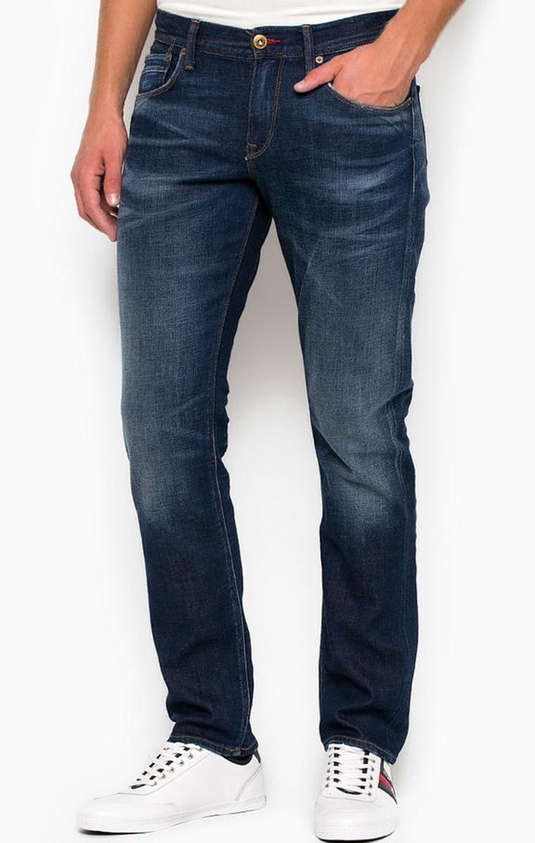 9606d6f40aa Tommy Hilfiger pánské tmavě modré džíny Denton - Mode.cz