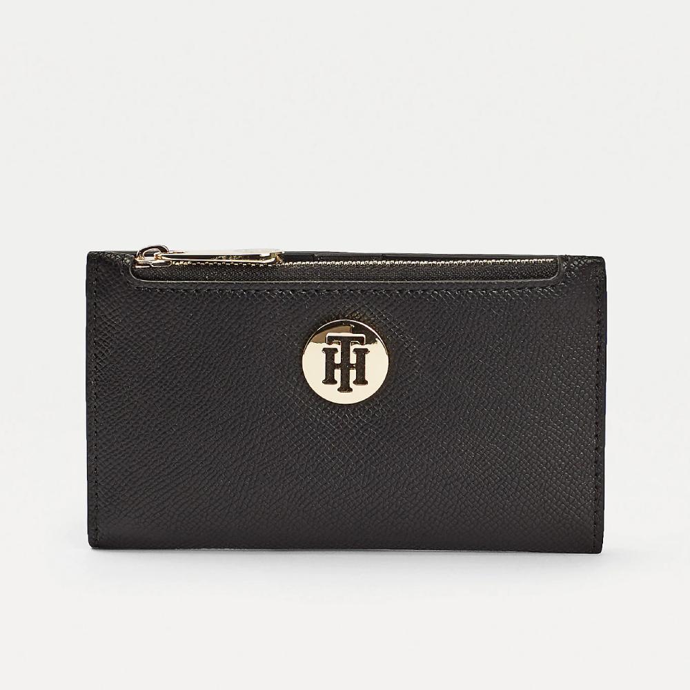 Tommy Hilfiger dámská černá malá peněženka Honey