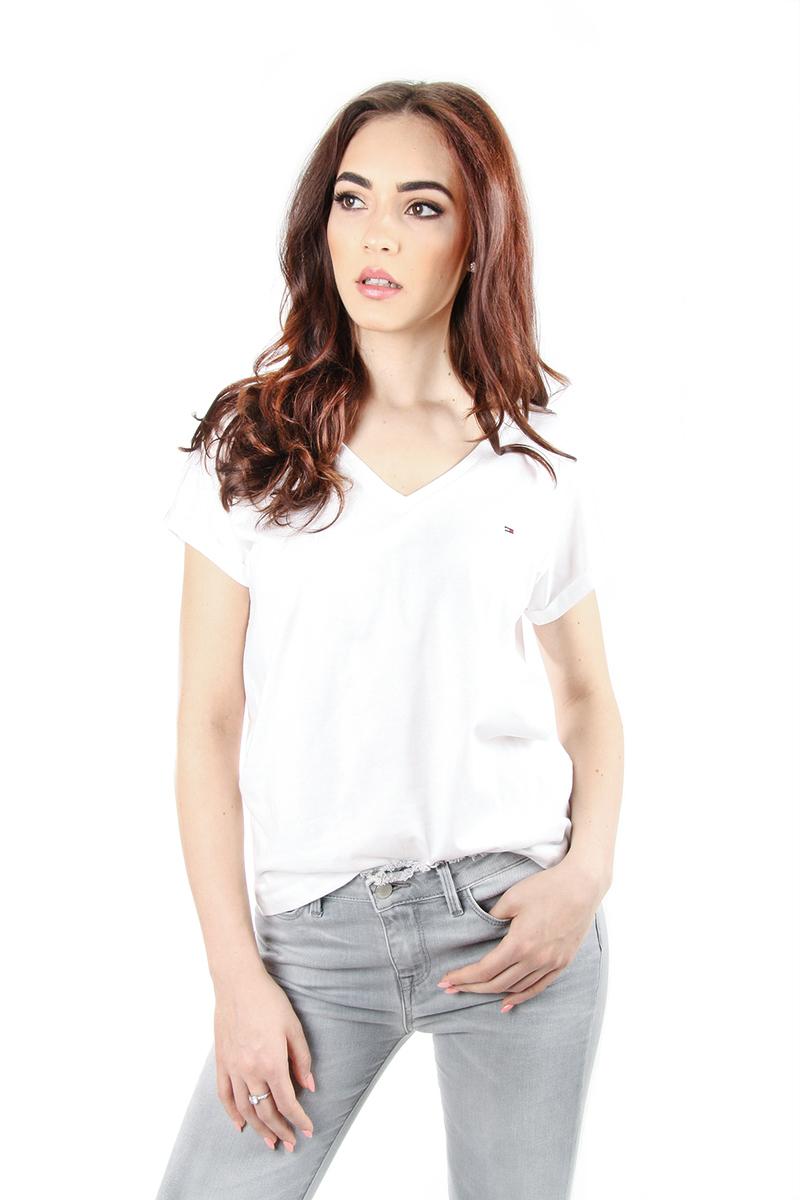 63fcd4a9c15c Tommy Hilfiger dámské bílé tričko s výstřihem do V
