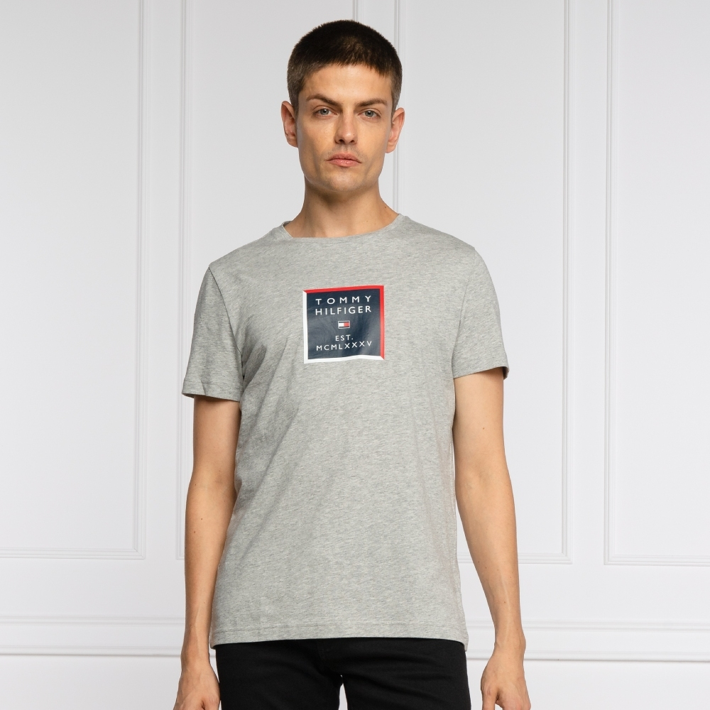 Levně Tommy Hilfiger pánské šedé tričko Box Print