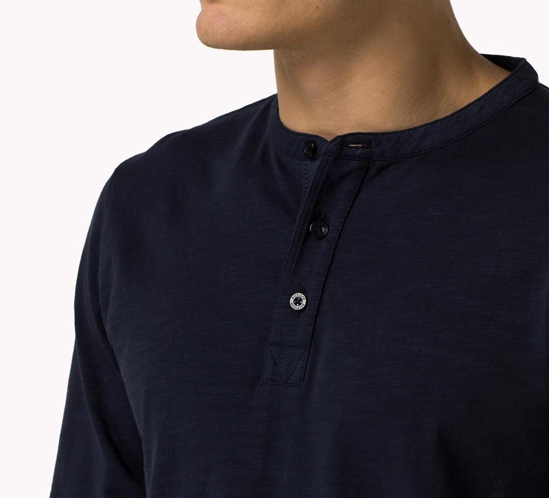 Tommy Hilfiger pánské tmavě modré tričko Henley s dlouhým rukávem ... 4ef70711cce
