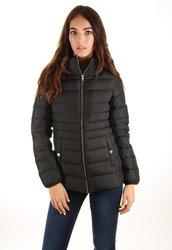 Calvin Klein dámská černá péřová bunda 88c8e4252b