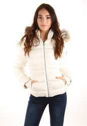 Calvin Klein dámská smetanová péřová bunda 8891cc25726