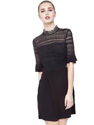 Guess dámské černé šaty s krajkou 4858356e0fa