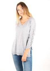 7ba54c475ba Guess dámský tenký šedý svetřík s 3 4 rukávem