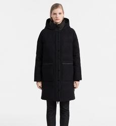93e2d053307 Calvin Klein dámský černý péřový kabát