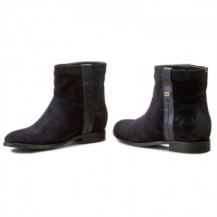 40b5df3cb47 Tommy Hilfiger dámské černé kožené boty Charlie - Mode.cz